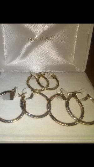 BEAUTIFUL REAL 14 KT HOOPS EARRINGS for Sale in Vancouver, WA