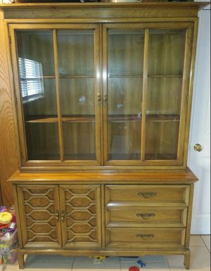 """China Cabinet $ to SELL; Moving sale; 10&1/2"""" deep top shelves for Sale in Abilene, TX"""