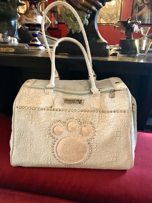 Posh Pup: House of Dog Paw, Los Angeles carrier for Sale in Las Vegas, NV