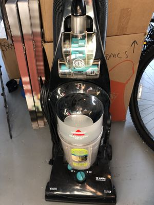 Bissel CleanView Helix Vacuum for Sale in Miami, FL