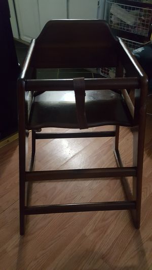 High chair for Sale in Gresham, OR