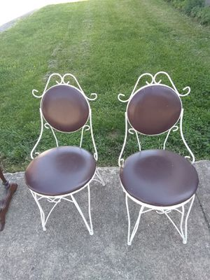 Metal icecream parlor chairs for Sale in NEW KENSINGTN, PA