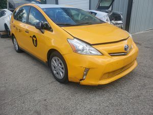 Toyota prius and prius v parts for Sale in Vancouver, WA