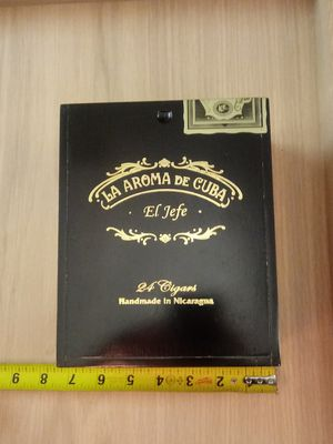 (#10) black cigar box - storage organizer - tool - cards - playing - deck - pogs / CDs / cases for Sale in Naples, FL