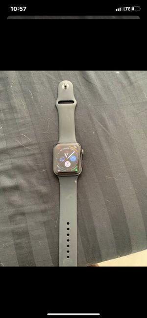 Apple Watch series 4 44m for Sale in Boynton Beach, FL