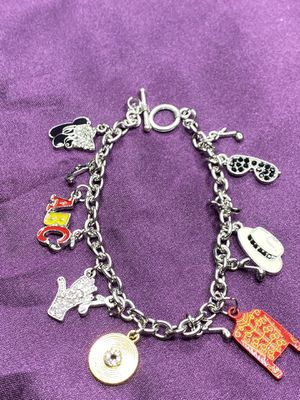 MICHAEL JACKSON charm bracelet (SHIPPING ONLY 📦✈️📬 NO LOCAL PICK UPS) for Sale in Los Angeles, CA