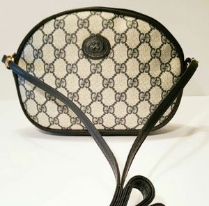 Authentic Vintage Gucci Crossbody Bag for Sale in Annandale, VA