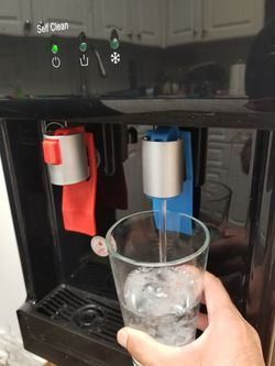 Water dispenser hot and cold, Amazing price!!! First one with cash gets its!! for Sale in Sully Station,  VA