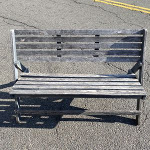 Safavieh Luca Bench Collapsable in Gray for Sale in Queens, NY