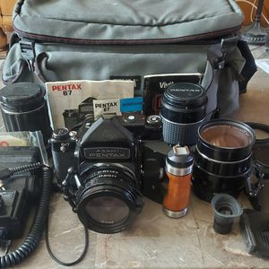 ASAHI PENTAX 6X7 Medium Format Camera Kit In Near Mint Condition for Sale in Mesa, AZ