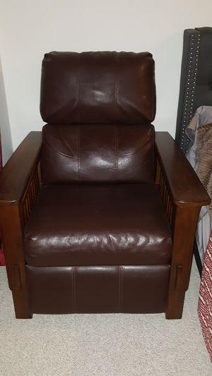 Recliner chair for Sale in San Juan Capistrano, CA