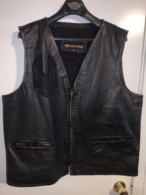 Harley Davidson leather vest (XXL) for Sale in Glendora, CA