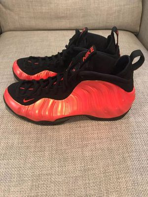 Nike Foamposite Habanero Red Size 10 New for Sale in New York, NY