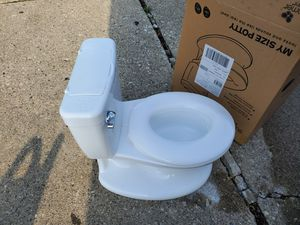 Baby potty training for Sale in Detroit, MI