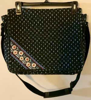 Vera Bradley Messenger Bag for Sale in Downers Grove, IL