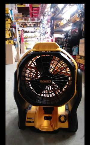 DEWALT 20V MAX CORDLESS OR CORDED DUAL POWER FAN LIKE NEW TOOL ONLY for Sale in San Bernardino, CA