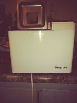 Magic Chef bread maker for Sale in Lancaster, OH