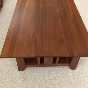 Coffee Table Round End And Rectangular for Sale in Plainfield, IL
