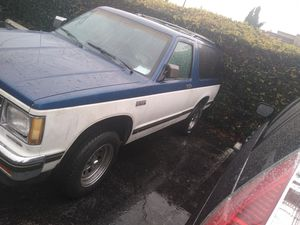 1985 Chevy Blazer 6 cylinder 2.8 for Sale in El Monte, CA