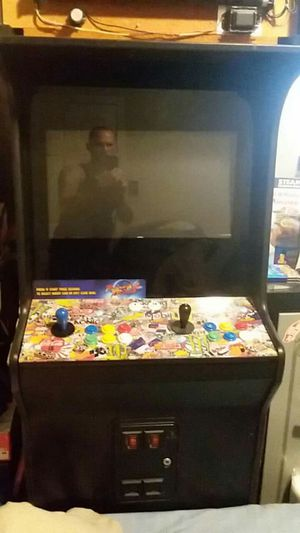 Arcade game with 650 old-school games for Sale in Fresno, CA