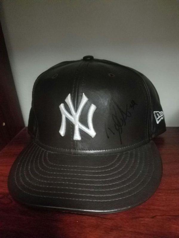 Yankees 7 5/8 David Aardsma Cap. Signed leather