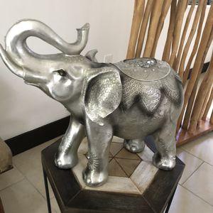 Elefante for Sale in Miami, FL