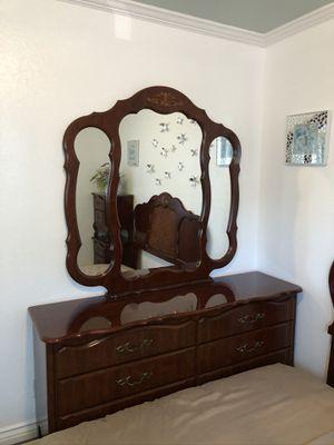 Dark Brown Bedroom Set for Sale in San Jose, CA
