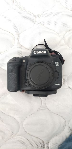 Cannon 7d mkii body for Sale in Denver, CO