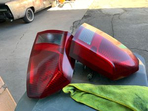 2006 Chrysler 300 Headlights for Sale in Oakland, CA