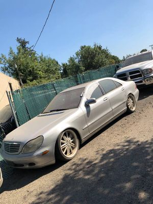 PART OUT 2000 Mercedes s500 for Sale in Portland, OR