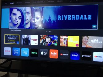 50 Inch Vizio Smart Tv And TV Table for Sale in Las Vegas,  NV