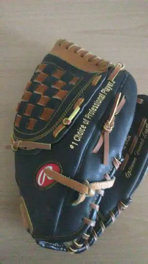 Rawlings Baseball Glove for Sale in Bristol, PA