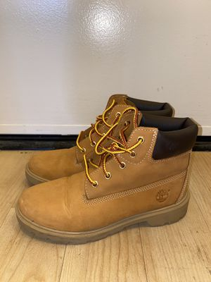 Timberland Boots (women's 7) for Sale in Los Angeles, CA