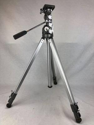 Vintage Manon 600 HD All Metal Telescoping Elevator Camera Tripod Near Mint for Sale in Lake Elsinore, CA