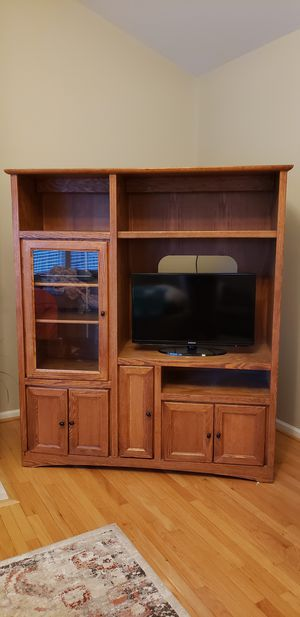Entertainment Center with 2 bookshelves for Sale in Rochester, MI