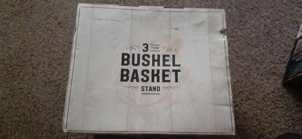 3 Basket set & 3 tier Bushel Basket Stand