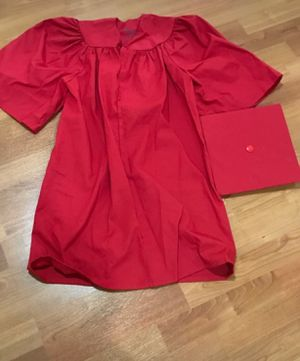 Kindergarten graduation gown with cap for Sale in NO POTOMAC, MD