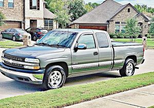 ֆ12OO 4WD CHEVY SILVERADO 4WD for Sale in Sterling, VA
