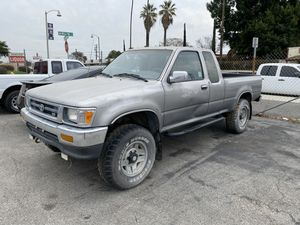 1994 TOYOTA PICKUP TRUCK SR5 4x4 for Sale in La Habra, CA