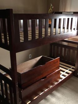 New Raymour and Flanigan twin bunk beds for Sale in Lodi,  NJ