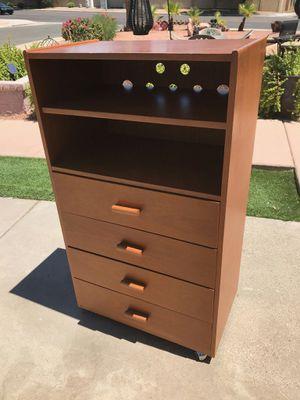 Wood dresser for Sale in Phoenix, AZ
