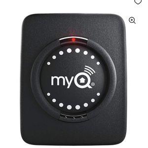 Chamberalain My Q Smart Garage Door Sensor for Sale in Riverdale, GA