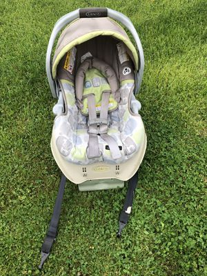 Car seat for Sale in Dearborn Heights, MI
