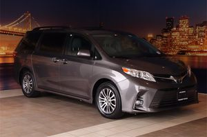 2019 Toyota Sienna for Sale in Fremont, CA