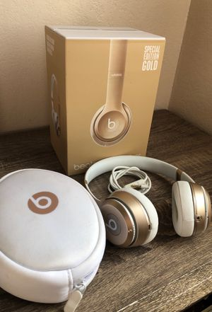 Beats by Dre Solo 2 for Sale in Sacramento, CA