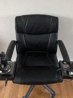 Logitech G Saitek X52 Pro Flight Control System With Chair for Sale in Royal Oak,  MI