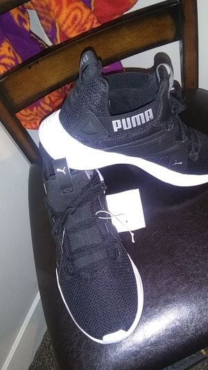 Pumas womens sz. 7.5 for Sale in Murray, UT