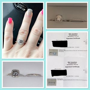 """For Sale: BEAUTIFUL """"Custom ordered"""" Engagement ring and Wedding band SET. Size 6.5 (Barely worn) Paid $4,061. Asking: $3,100 """"Certified Appraisal""""fr for Sale in Murfreesboro, TN"""