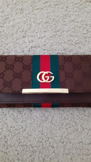 Gucci wallet for Sale in NO POTOMAC, MD