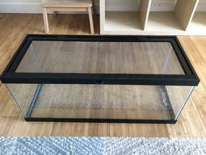 20 Gallon Aquarium / Reptile / Critter tank with locking screen lid for Sale in Plantation, FL